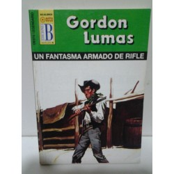 UN FANTASMA ARMADO DE RIFLE