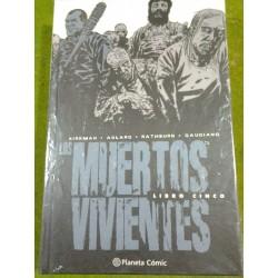 LOS MUERTOS VIVIENTES (INTEGRAL) LIBRO 5