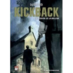 KICKBACK Nº 2 EL VIENTRE DE LA BALLENA