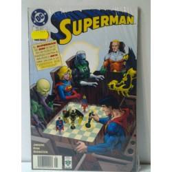 SUPERMAN: MUNDO SIN FUTURO